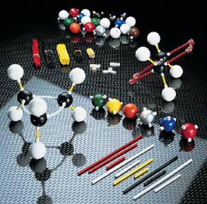 Giant-Size Molecular Models Class Set