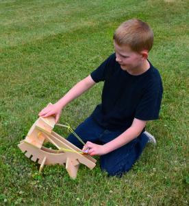 Garage physics ballista kit with a boy