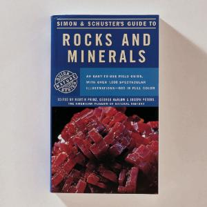 Simon & Schuster's Guide to Rocks and Minerals